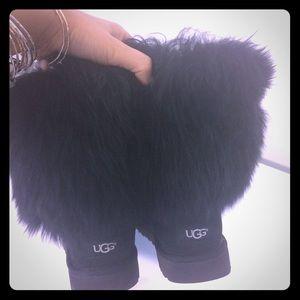 Black Uggs size 8